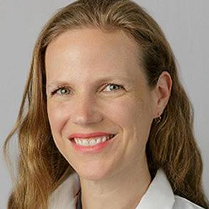photo of Elizabeth Oelsner